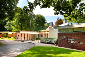 Allegoeds Groepshotel Het Bosgoed - Rolstoelvakanties en aangepaste accommodaties in Nederland